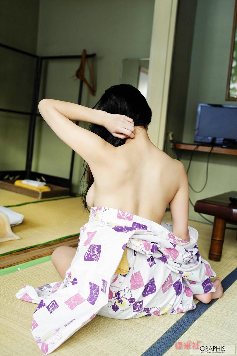 [graphis gals]无圣光高清图集:Matsuri Kiritani 桐谷まつり,20岁大波女神