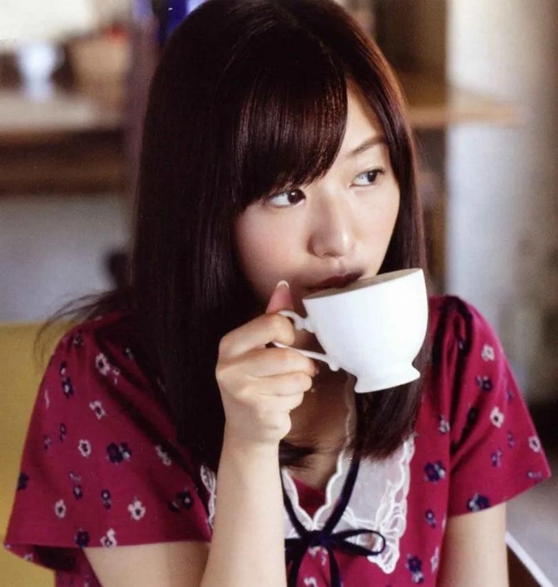 日本治愈系声优代表:青春可人的茅野爱衣