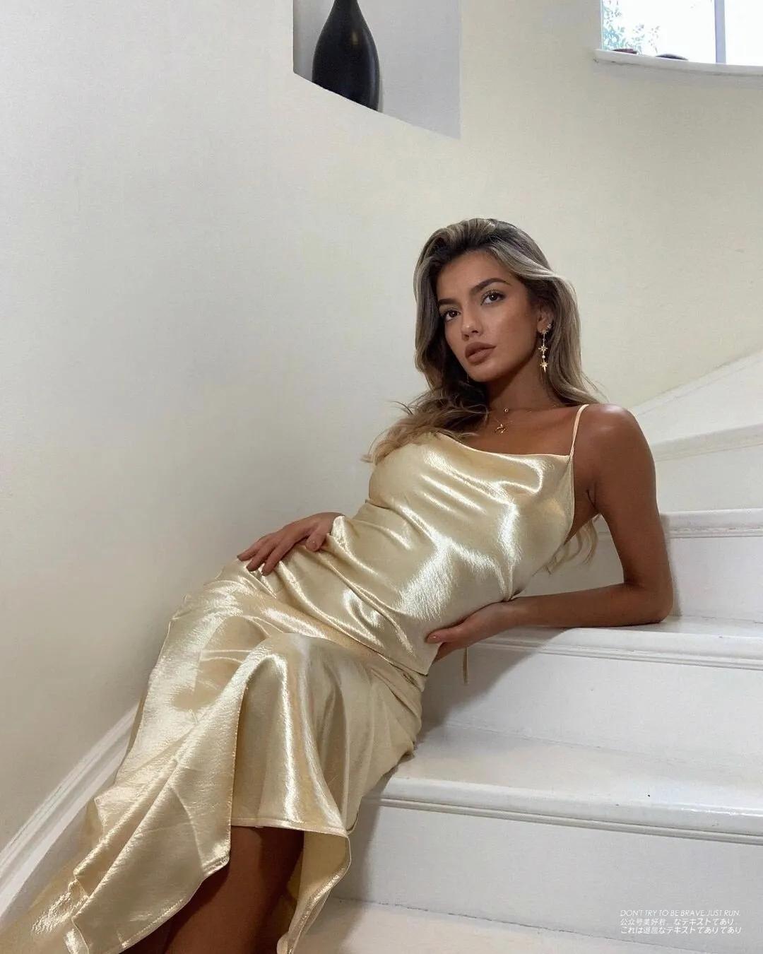靓女模特Barbara Rodiles写真,健康小麦色肌肤,西班牙人特有的激情和热情