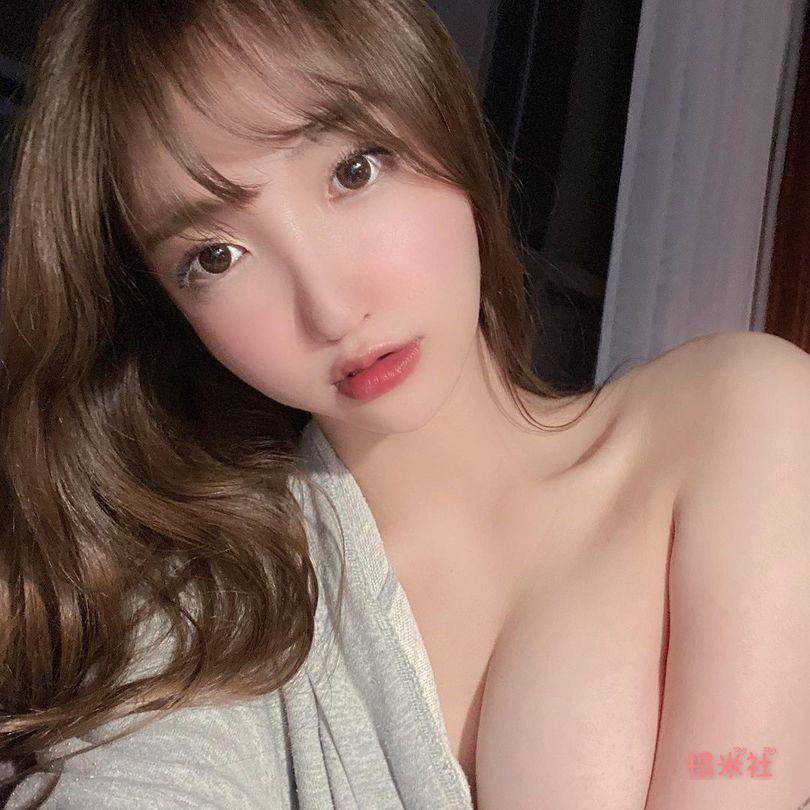 南韩正妹孙乐乐妩媚又娇嫩,大胆而奔放,乳香四溢写真集